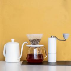 【冰玉】白色手冲咖啡礼盒套装 磨豆机+滤杯+分享壶+手冲壶+清洁刷 精美礼品定制
