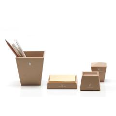 【多功能塔】創意四合一擺件辦公套裝 學習用品組合(鎮紙器+回形針座+筆筒+便利貼紙座)