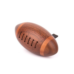 MUSOR 橄榄球车载香薰 汽车香薰空气实木精致挂件 与车有关的礼品